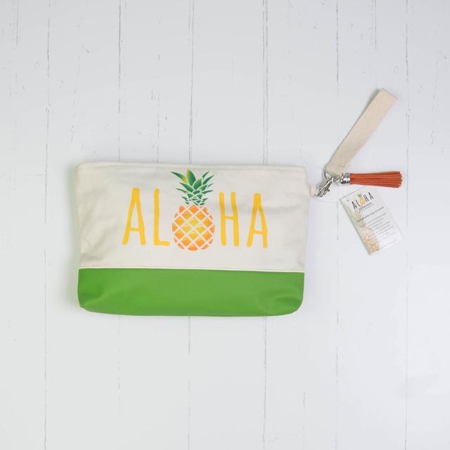 クラッチバッグ  (防水裏地付き)下部レザーAloha Pineapple Caps with Green Vegan