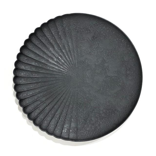 泡化粧マットブラック  片菊彫22cmプレート