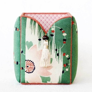 和風インテリア雑貨 ペン立て ブラシ入れ 小物入れ 緑 桜文様