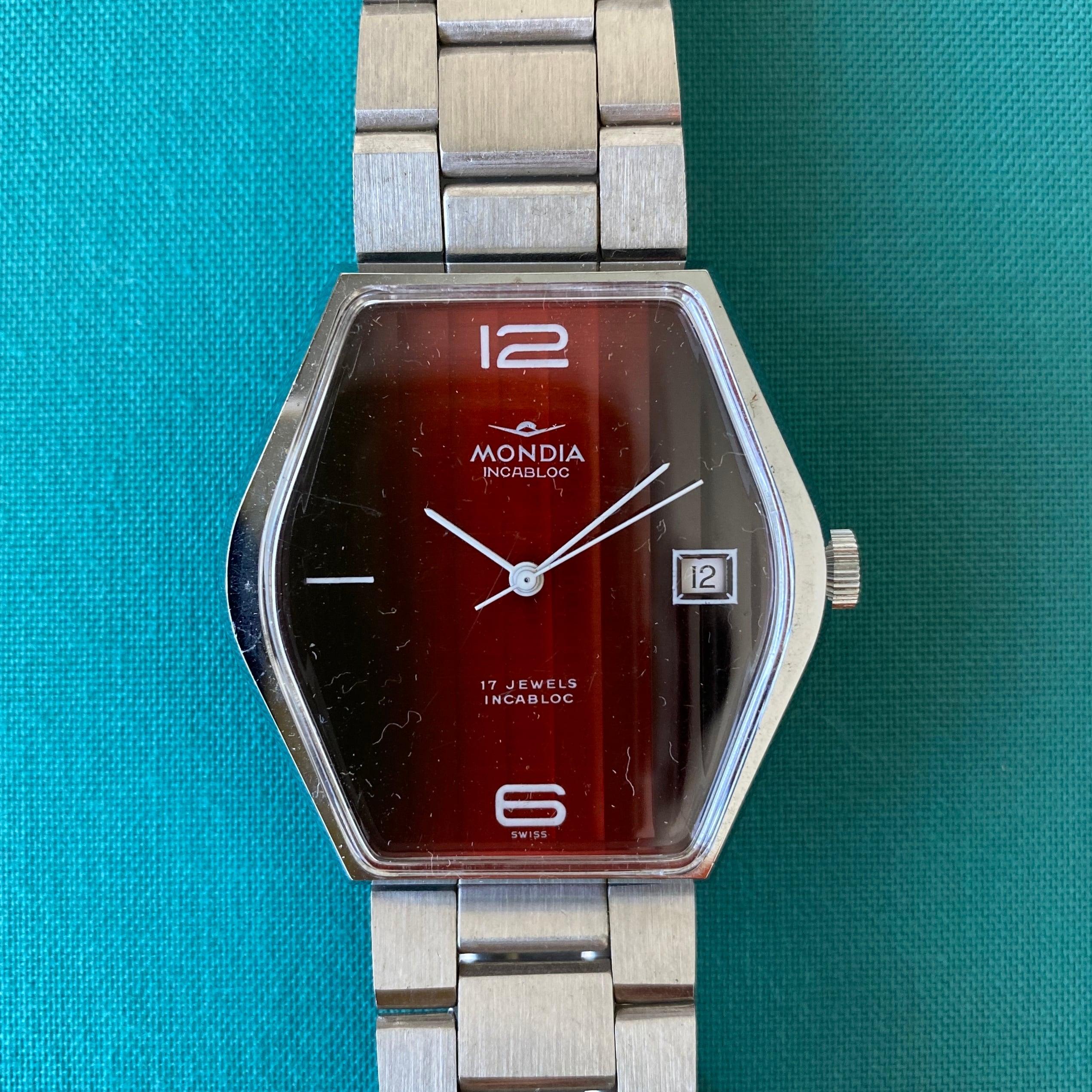 Swiss1960年代手巻き式腕時計(レッド・ヘキサゴン) / ac0048