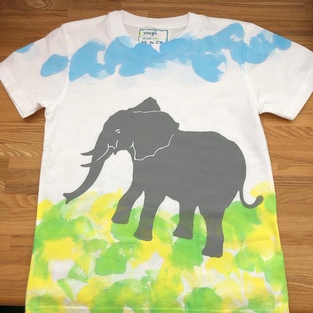 受注制作 kidsTシャツ「ぞうと草原」130~140対応