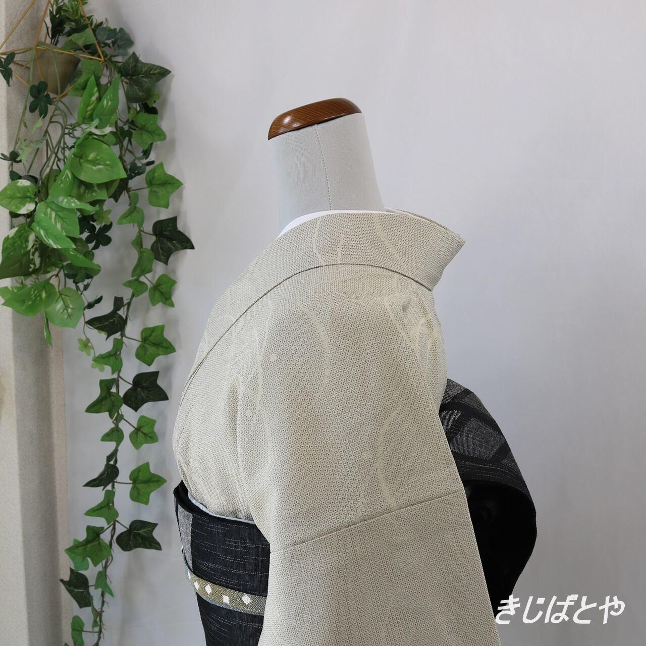 塩沢紬 蒸栗色に露芝の単衣