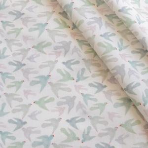 < Pastel Parrots  mini >  コットン生地 48cm x 52cm