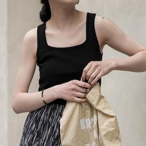 Square neck no sleeve(スクエアネックノースリーブ)b-386