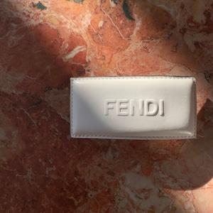 FENDI バレッタ