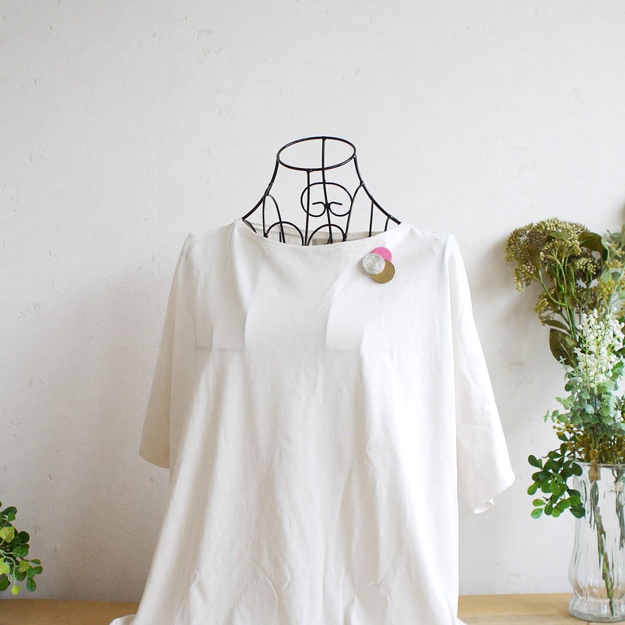 どんなお洋服にも似合う!シンプルフォルム 糸&真鍮&麻のブローチ〈 Dots 〉Yarn