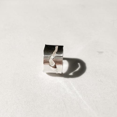 Slit ring '~'