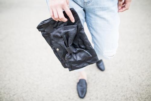 大きいリボンのレザークラッチバッグ『美人百花』掲載作品 ブラック
