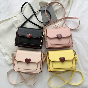 【バッグ】美人度アップ 定番シンプル マグネット 斜め掛け ファッション ショルダーバッグ53619251