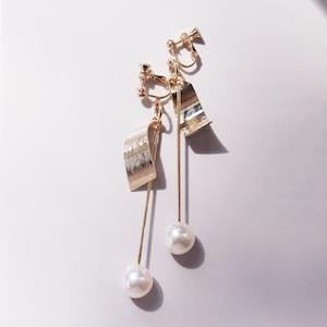 EARRINGS    【通常商品】 ROD WITH PEARL EARRINGS GOLD    1 EARRINGS    GOLD    FCF055