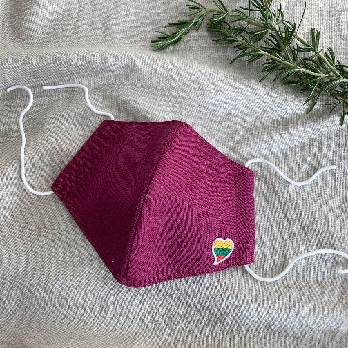 リトアニア産リネン使用 ハンドメイドマスク リトアニア国旗モチーフハートマーク付平織バーガンディー