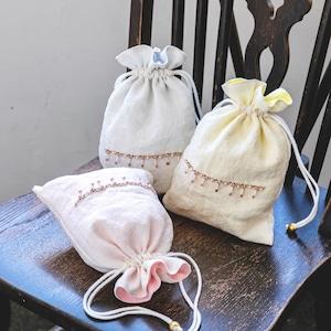 くったり柔らかリネンの巾着ポーチ/ビーズのフリンジ刺繍