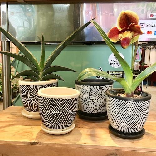 モノトーン植木鉢 M
