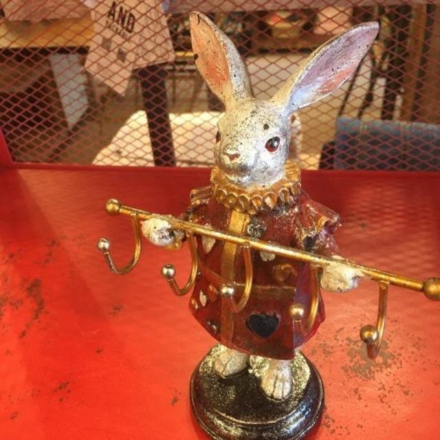 ウサギのフックスタンド