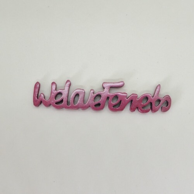 We Love Ferrets キャスト製① (サイズ 80mm x 20mm)