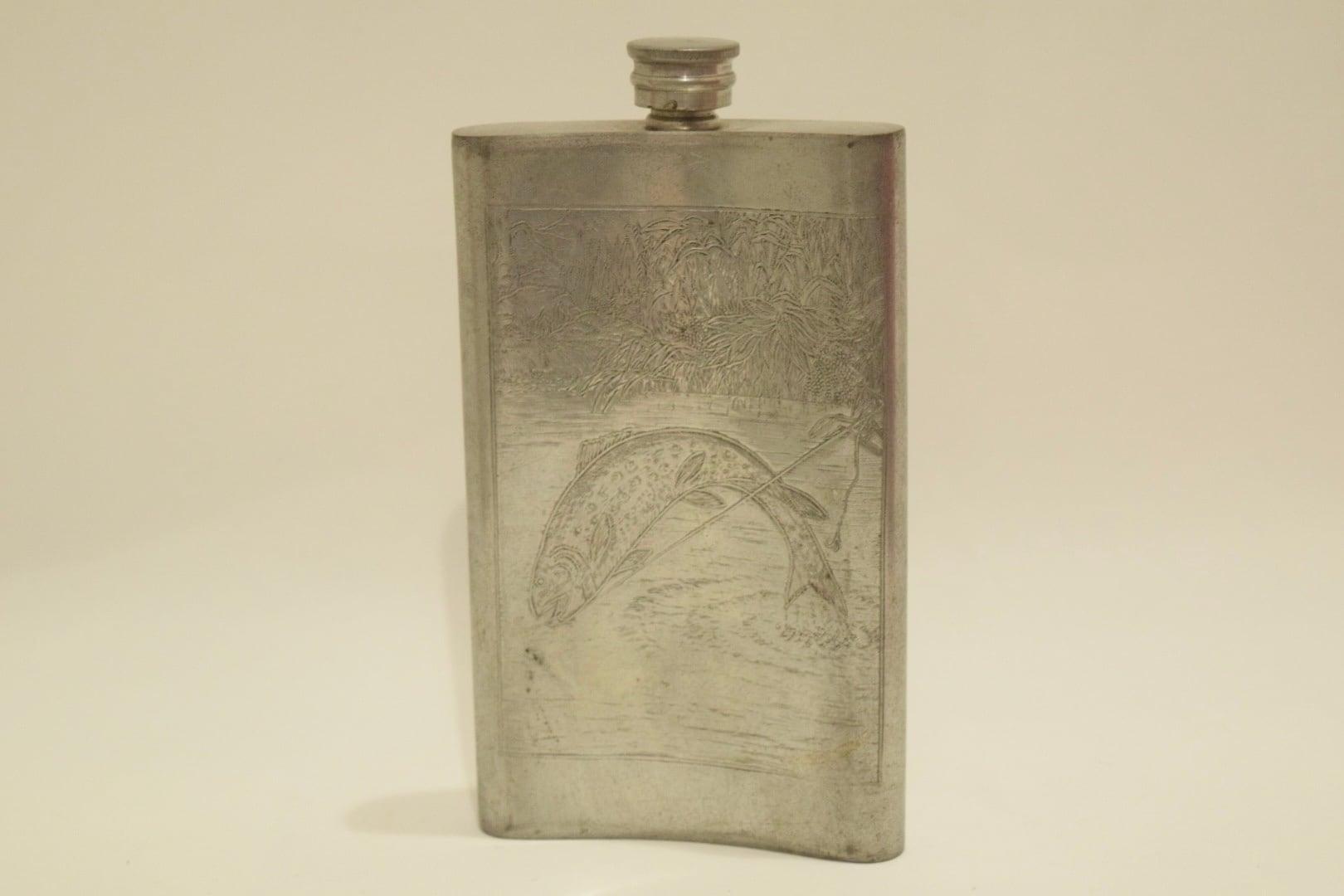 USED Orvis Vintage Flask Skittle 01076