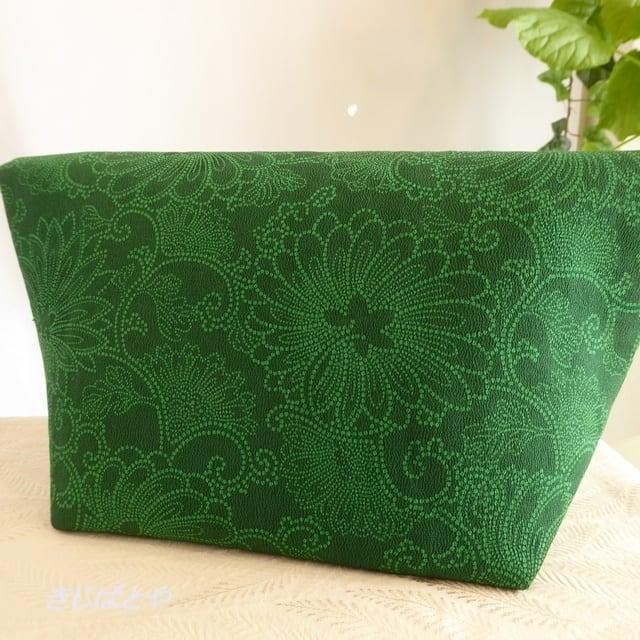 和裁士さんが考えたバッグインバッグ 濃緑(のうりょく)の更紗