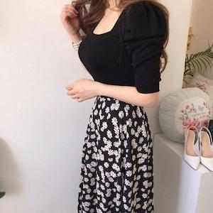 モノトーン花柄スカートセットアップ