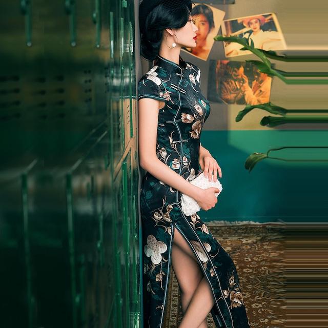 【四小姐シリーズ】 ★ロング丈チャイナドレス★ 高級品・シルク チャイナ風ワンピース 半袖 着痩せ 大きいサイズ