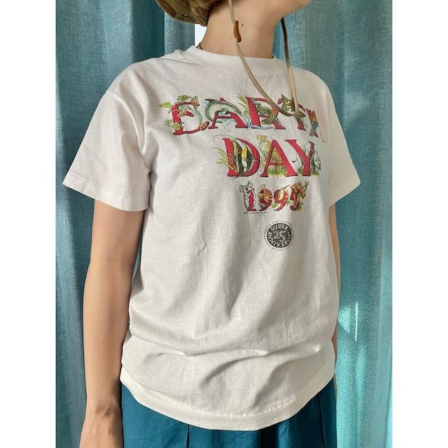 90s Hanes EARTH DAY