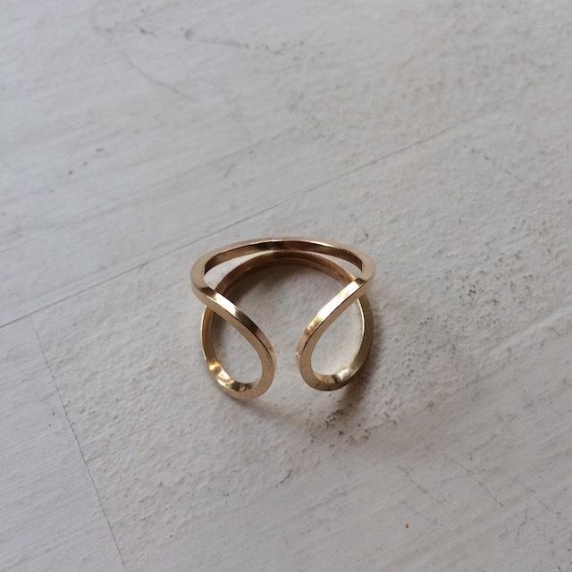 By Boe Circle Ring