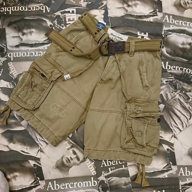 Abercrombie&Fitchメンズハーフカーゴパンツ30インチ