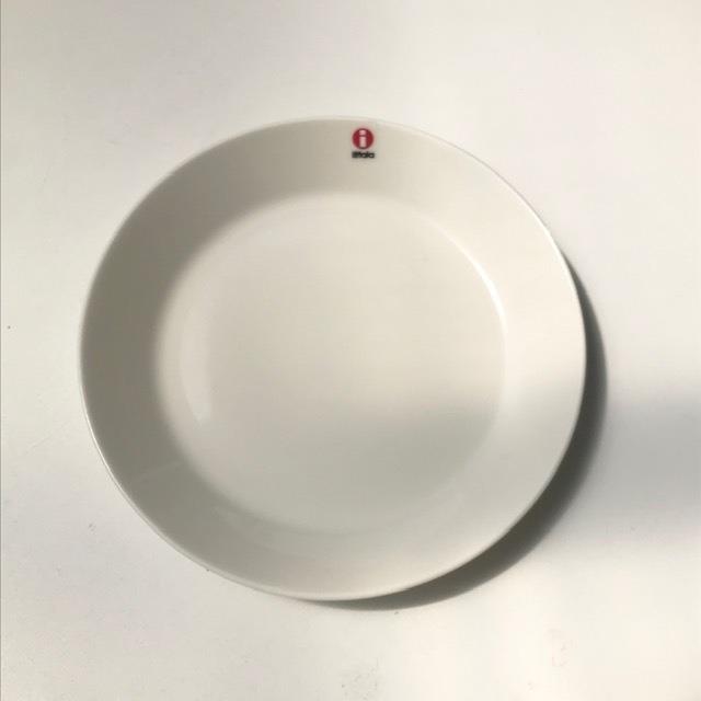 イッタラ ティーマ  ホワイト プレート 17センチ