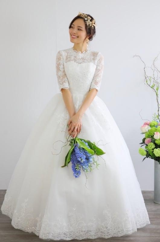 ウェディングドレス 豪華な刺繍が美しい 結婚式 二次会 花嫁ドレス 海外挙式 フォトウェディング【WE-3】