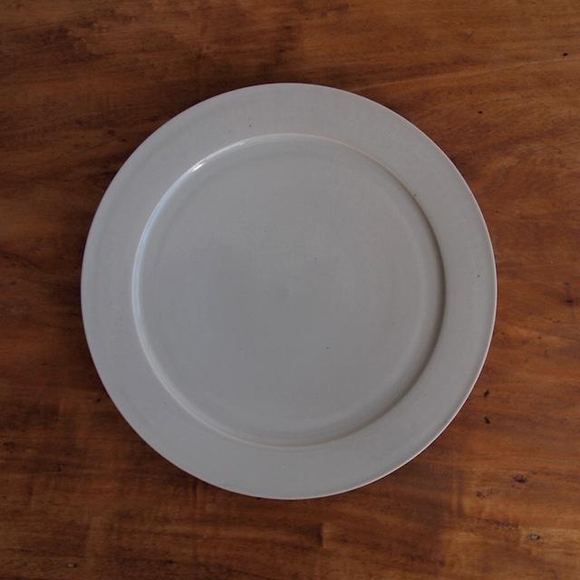 こいずみみゆき 8寸平皿 白