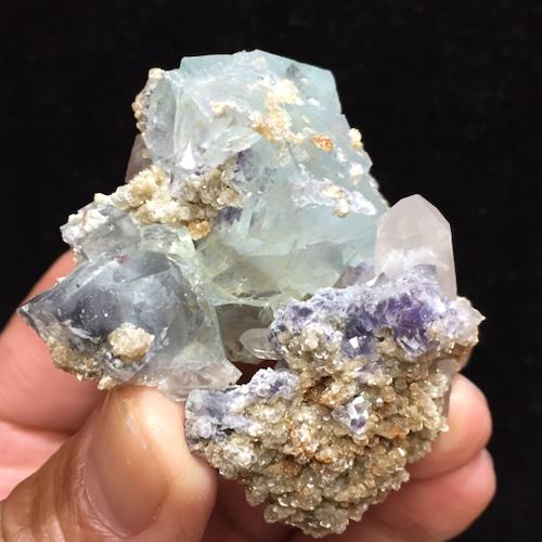 4) 共生鉱物