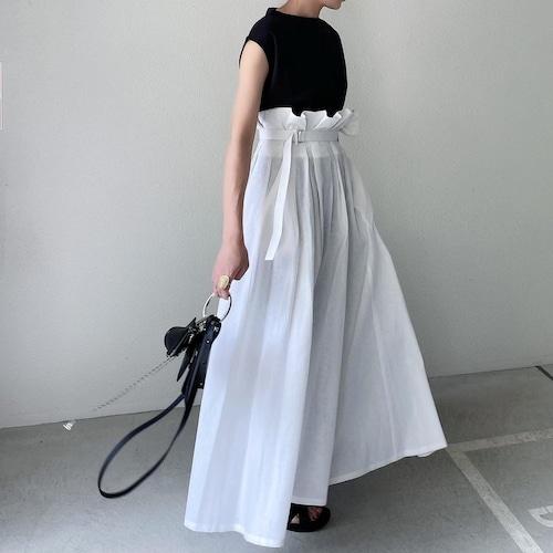 KU-UM×tomo ベルテッドリネンスカート ホワイト