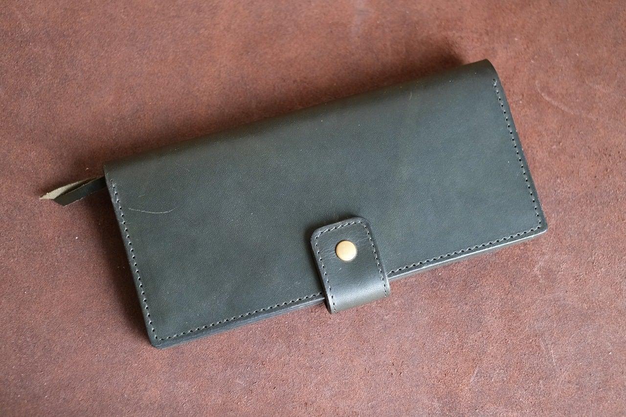 深緑のイタリアンレザーを使った長財布