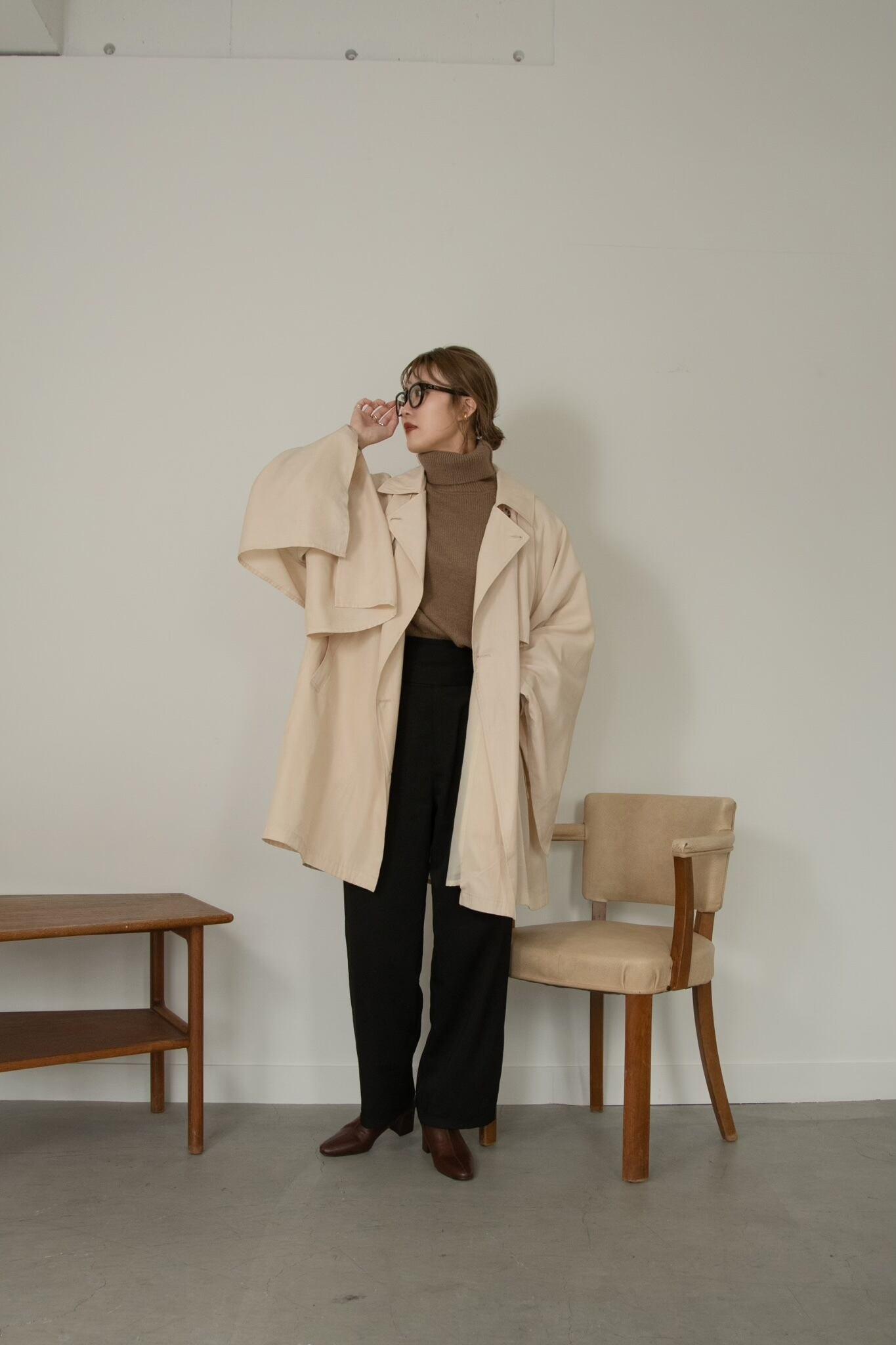wave design short coat