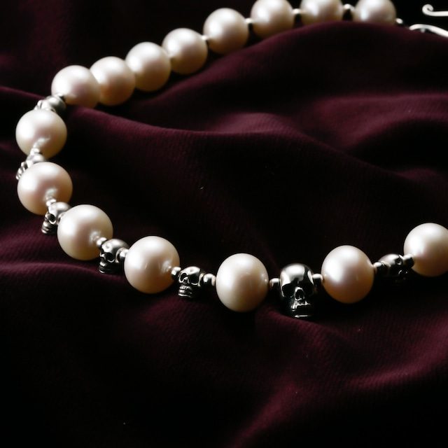 Water Pearl Skull Object Beads Necklace