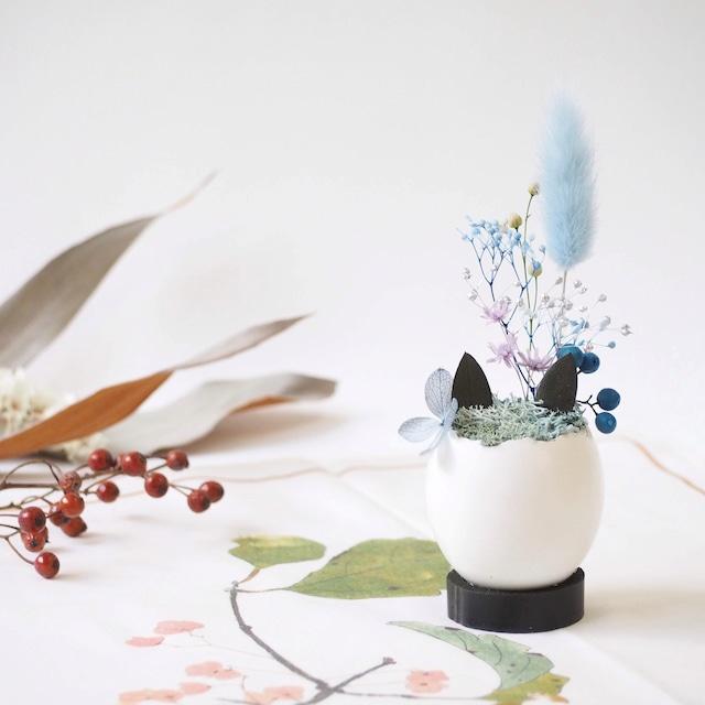 花の猫型盆栽「タマゴノコネコ」(クールな青・紫)