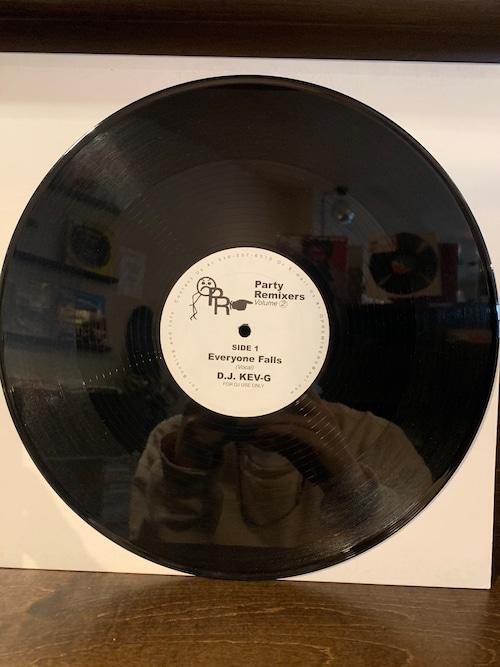 DJ KEV-G / EVERYONE FALLS
