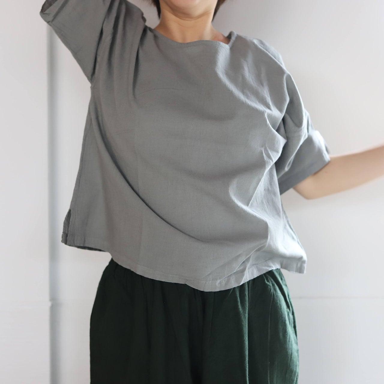 ヂェン先生の日常着 半袖ショートブラウス