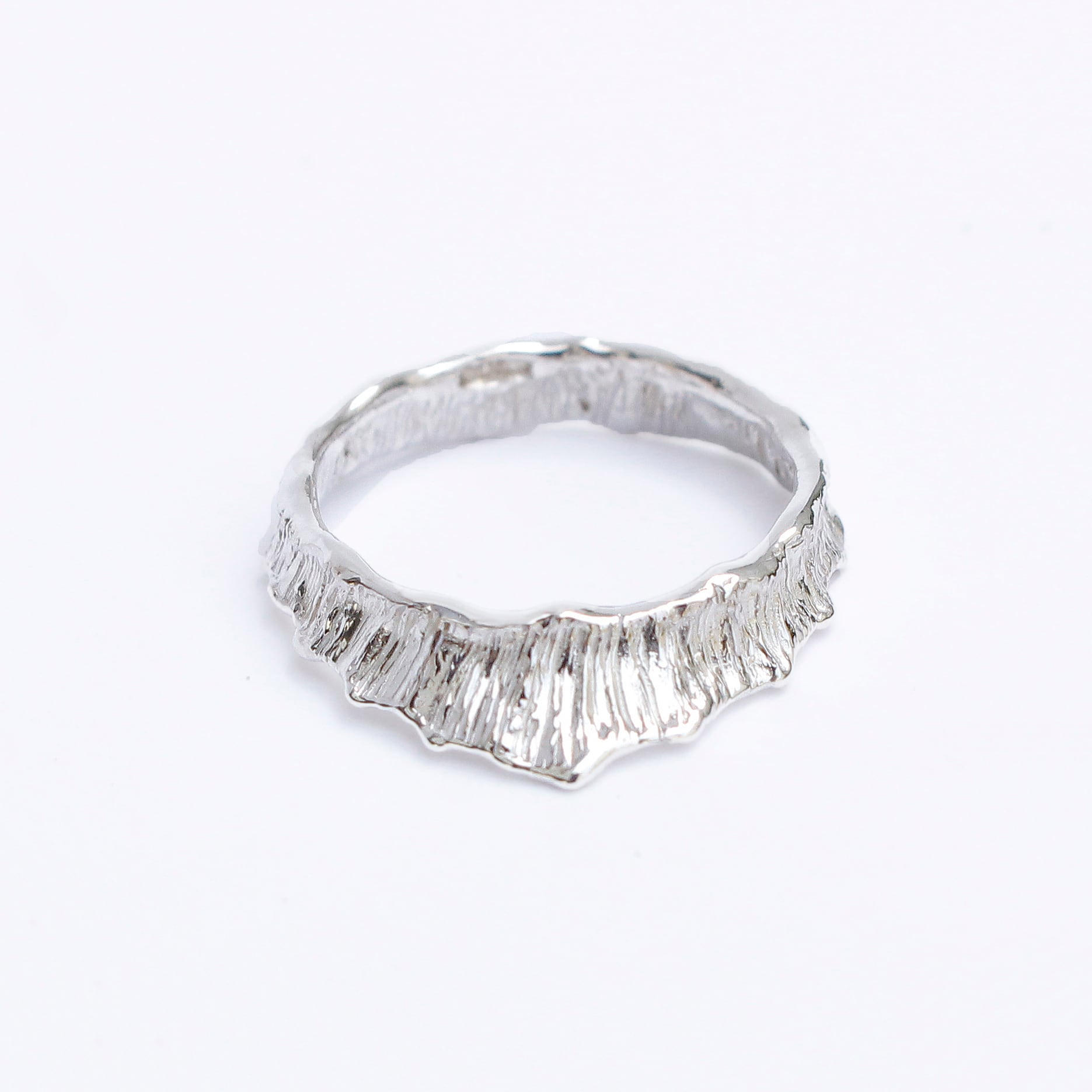 conoa (コノア) しずくなりかけの指飾り silver