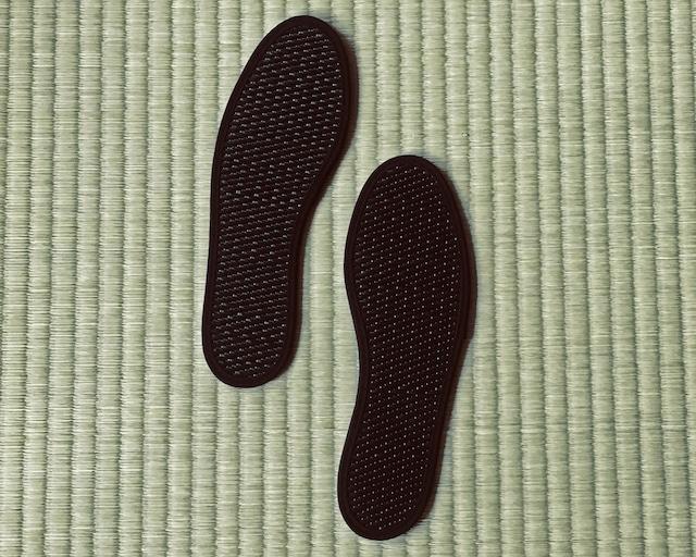 畳と炭の爽快インソール