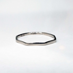 Layered Ring / The Octagon (WG)