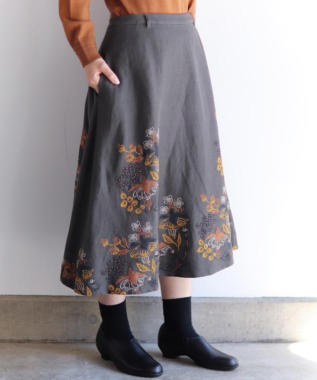 フクシア刺繍のスカート(muc202)