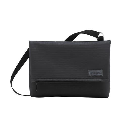 Shoulder A-Bag Small Black