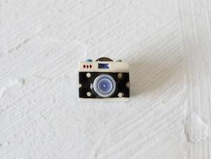 カメラ(タックピン)
