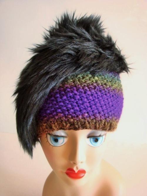 手編みとファーのニット帽<パープル×ブラック>