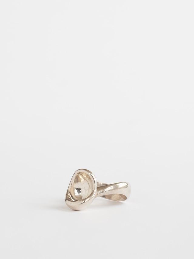 Modern Ring / Arne Johansen