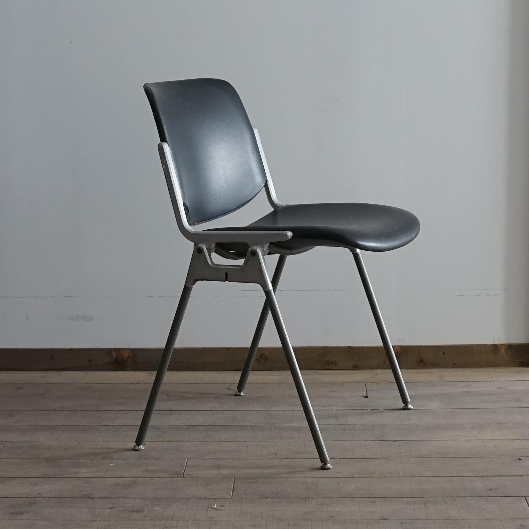 #02-05 stacking chair metal frame