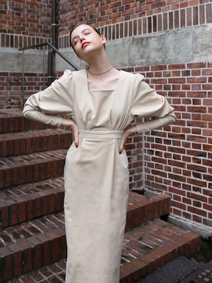 square neck corduroy one-piece(oat meal)