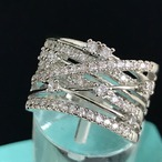 D016A レディース 指輪 ゴージャス 人気デザイン 巻きリボンリング Winding Ribbon Gorgeous Ring