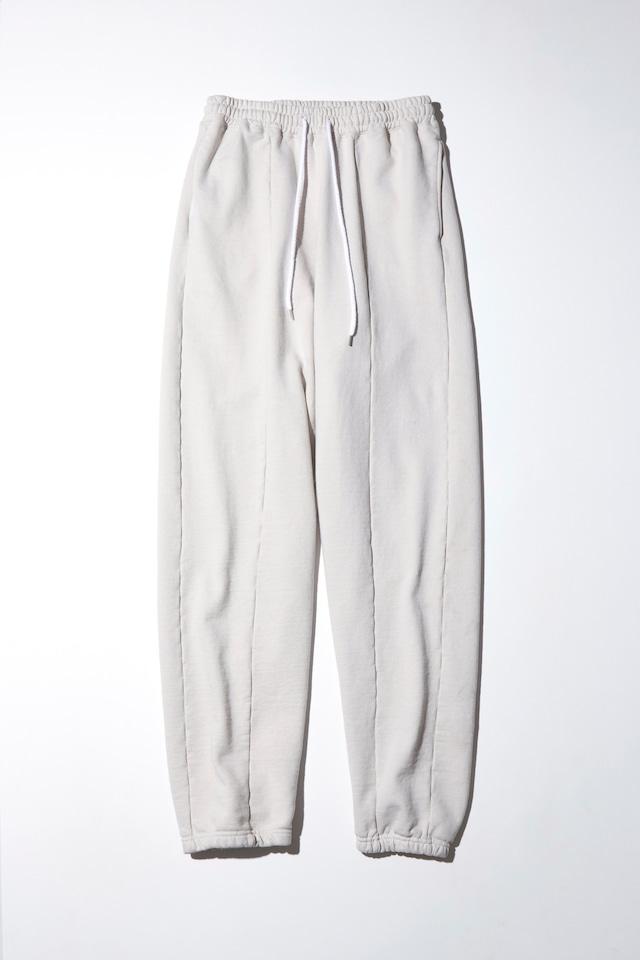 【PSEUDOS】PLAIN SWEATSHIRT REGULAR FIT PANTS