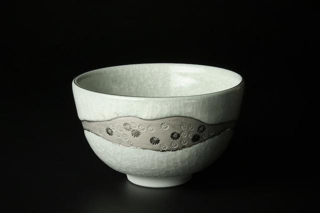 氷裂茶碗<銀彩> 清水焼